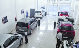 Fiat Chrysler anunció sus planes: Chrysler sube y Dodge baja